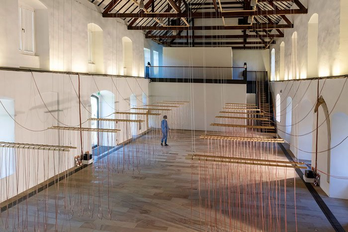 Abbildung von Christina Kubisch. Weaving. 2021. Foto: Andreas Lechtape
