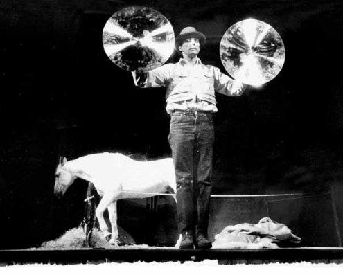 Abbildung von Joseph Beuys. Titus/Iphigenie. Theater am Turm, Frankfurt a.M. 1969